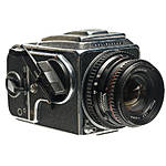 Used Hasselblad 500CM With 80mm f/2.8 T* and 120 Back - Good